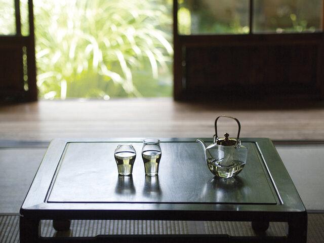 今日はおうちで乾杯!モダンと伝統が融合する美しい酒器とグラス