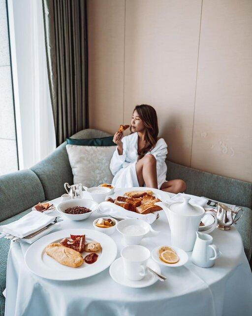 憧れの女子旅や女子会を叶えるラグジュアリーな5つ星ホテル「セントレジスホテル大阪」