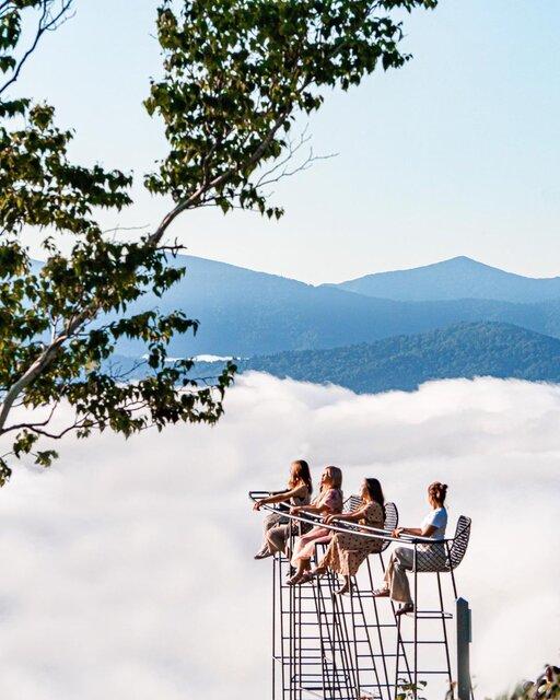 出会える確率は約40%!「雲海テラス」で人生最高の朝を過ごす