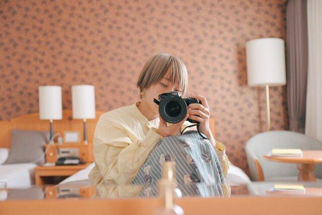 表現者たちのミラーセルフポートレート「Photo by Me 鏡の中の私」Part 2