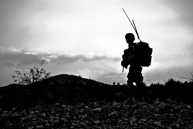 尊厳を守る福祉/尊厳を奪う戦争