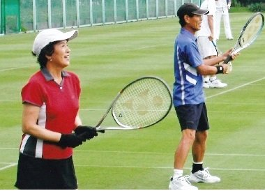 「優勝戦で戦おう」 おしどりテニス夫婦