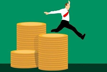 利用者も事業者も翻弄された介護保険の20年/服部万里子(連載96)