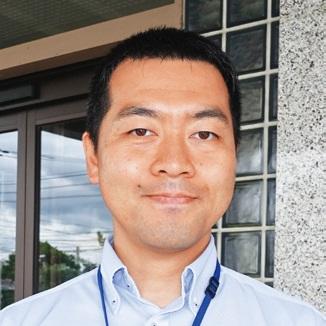 子育て環境の良さを指摘する立山町役場の大崎喜孝さん