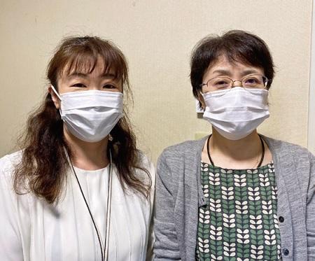 田中施設長(左)と、ワクチン接種業務を担当した池内看護課長