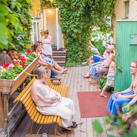 [短期連載1]フィンランド人と一緒にサウナに入ろう! SAUNAでマインドフルネスしよう!|TRAVEL