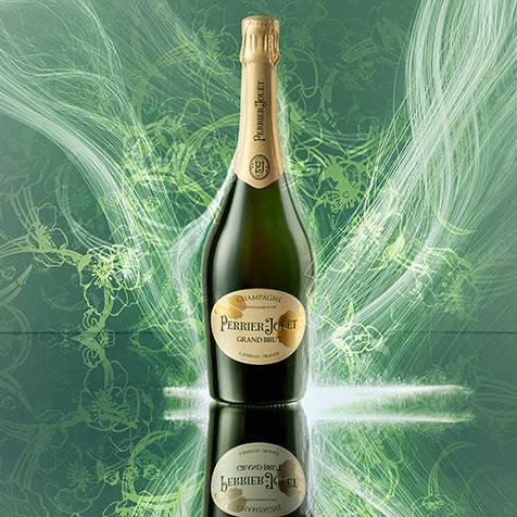 『ペリエ ジュエ グラン ブリュット』のボトルデザインがリニューアル|Perrier-Jouët