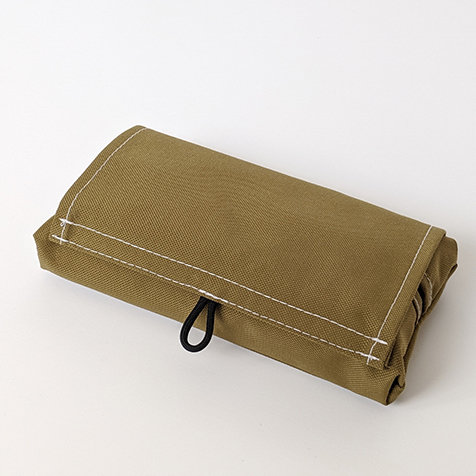 持ち運び時の使用を最優先したティッシュケース|41世紀
