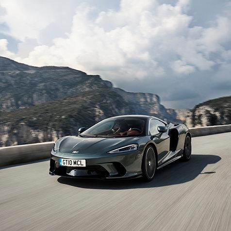 新しい時代のグランドツーリングカー──マクラーレンGTに試乗|McLaren