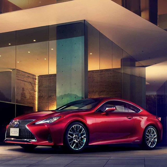 レクサスRC、スマートフォンとの連携機能を追加するブラッシュアップ |Lexus