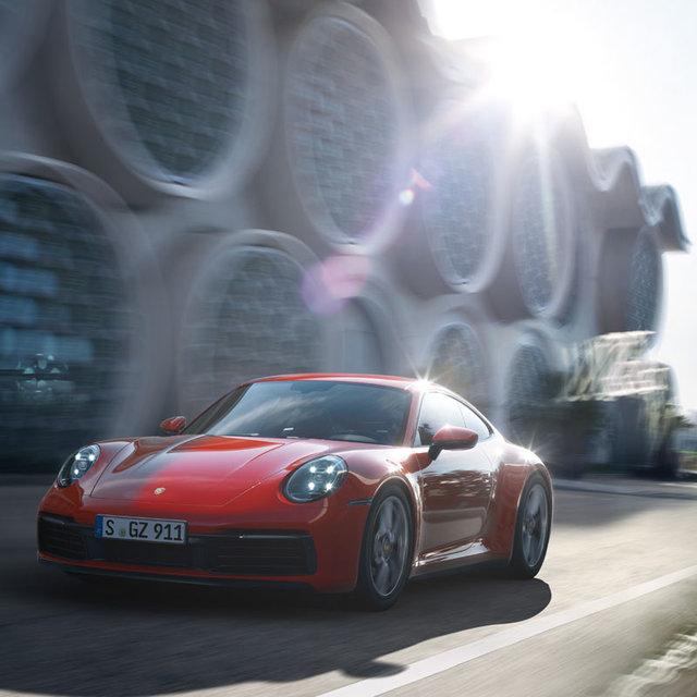 911カレラGTSがレンタカーに──ポルシェ、アジア初となるカーレンタルサービスをスタート|Porsche