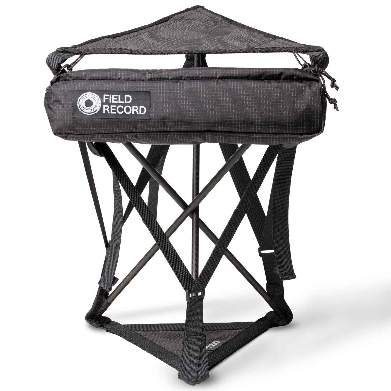 カーボンポールを使用した超軽量チェア「FR-chair carbon triangle」 | FIELD RECORD