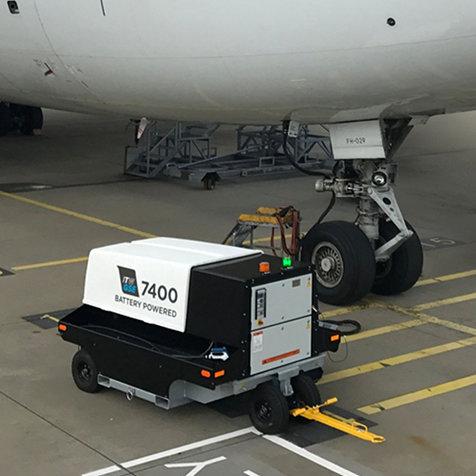 関西国際空港で電気式移動電源車「eGPU」の国内初の実証実験がスタート|Kansai International Airport