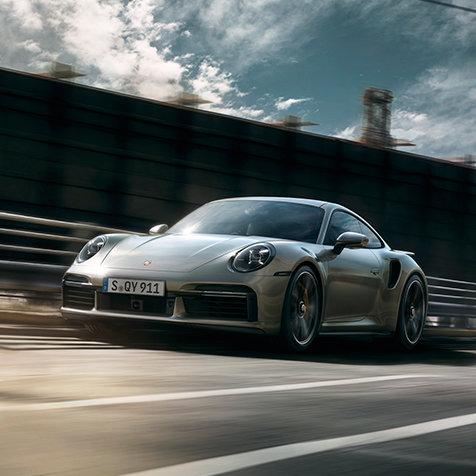 歴代911ターボ最速を誇る新型「911ターボS」受注を開始|Porsche