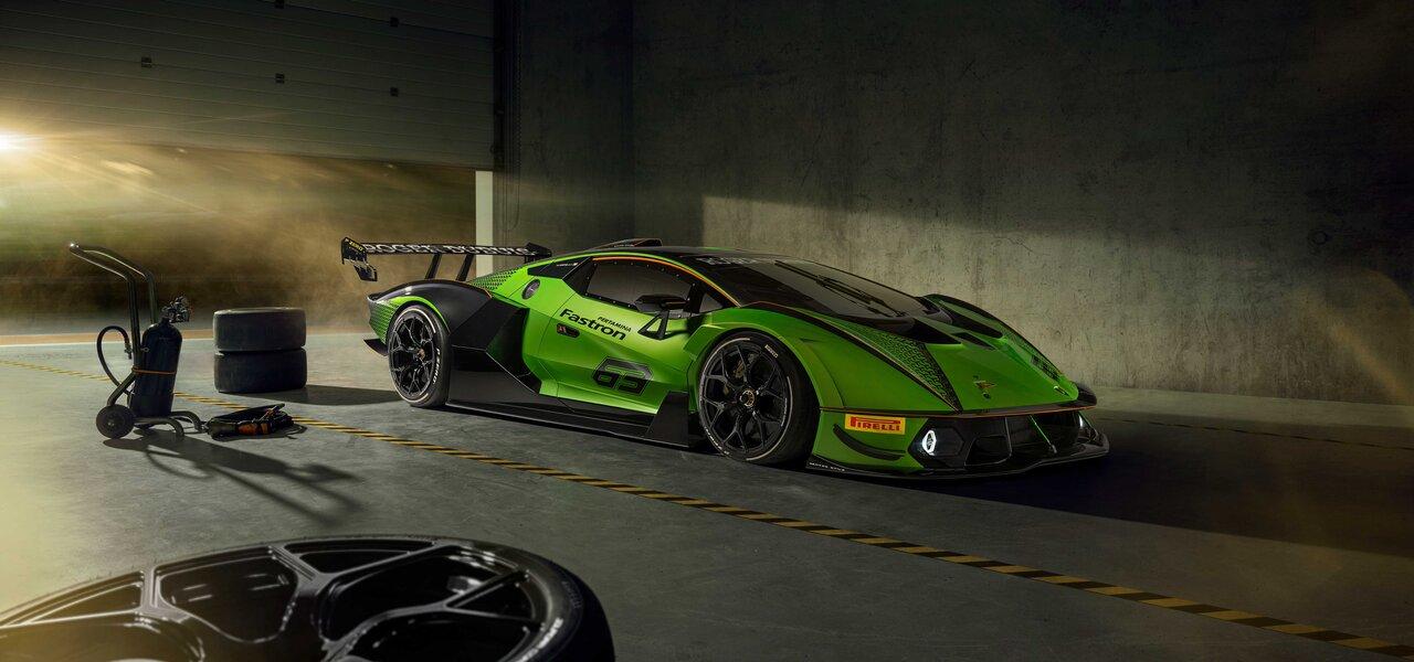 ランボルギーニ史上最強のV12搭載サーキット専用モデル「Essenza SCV12」発表|Lamborghini