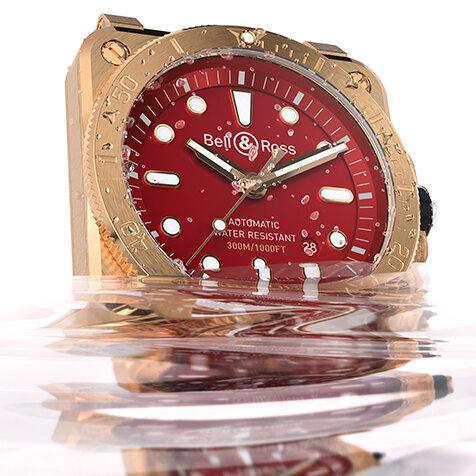 経年変化を楽しむブロンズ素材を用いた「BR 03-92 Diver Burgundy Bronze」|Bell & Ross