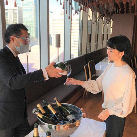 ひらまつレストランでしか飲めない希少なワインが手に入る、試飲販売会|HIRAMATSU