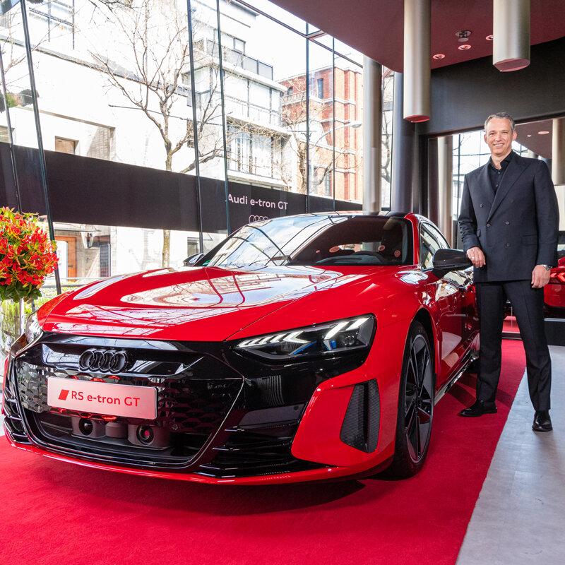 アウディ e-tron GTがジャパンプレミア|Audi