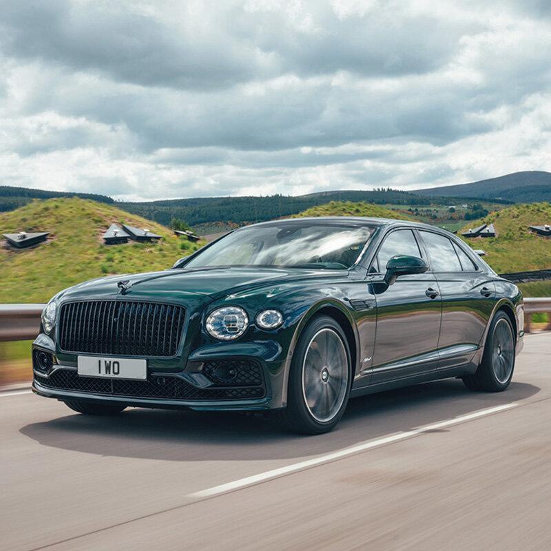 ベントレー フライングスパーにハイブリッドモデル登場 Bentley
