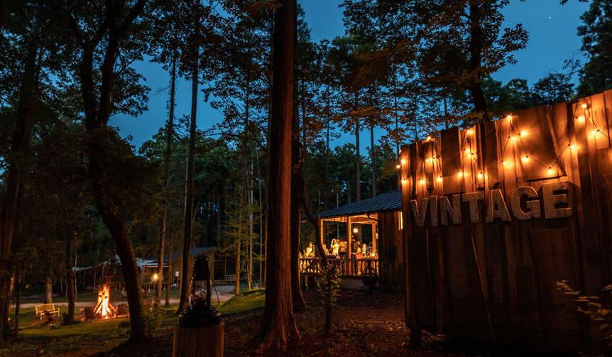 日本初の会員制グランピング施設「東京クラシックキャンプ」|LOUNGE