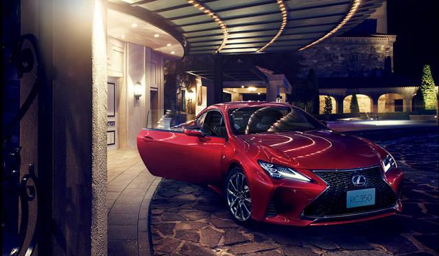 レクサスの2ドアクーペ「RC」がマイナーチェンジ|Lexus