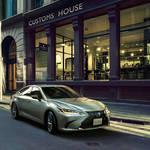 新型「レクサスES」日本発売開始|Lexus