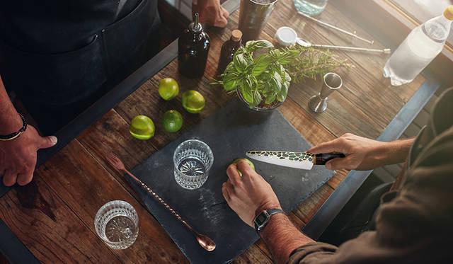 人前で切って見せたくなる! ジュエリーテーブルナイフ|Minova Ceramic Jewel Knives