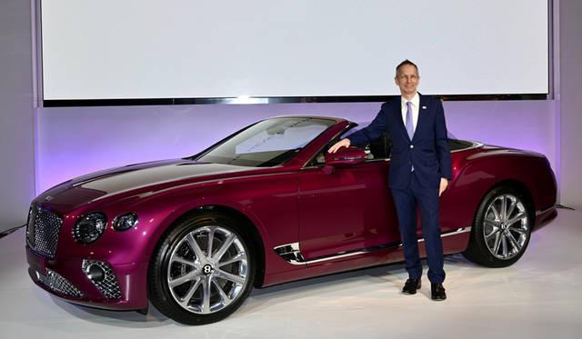 新型コンチネンタルGTコンバーチブルやベンテイガ限定車を披露 Bentley