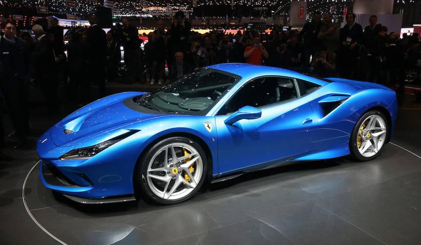フェラーリV8へのオマージュ「F8トリブート」デビュー|Ferrari