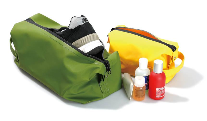 タフな素材であらゆるシーンで使える収納ツール「Dopp Kit Bag」  HIGHTIDE