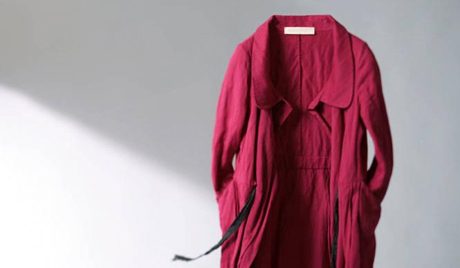 藤原美智子の「色」ものがたり第4回 9月 赤いコート