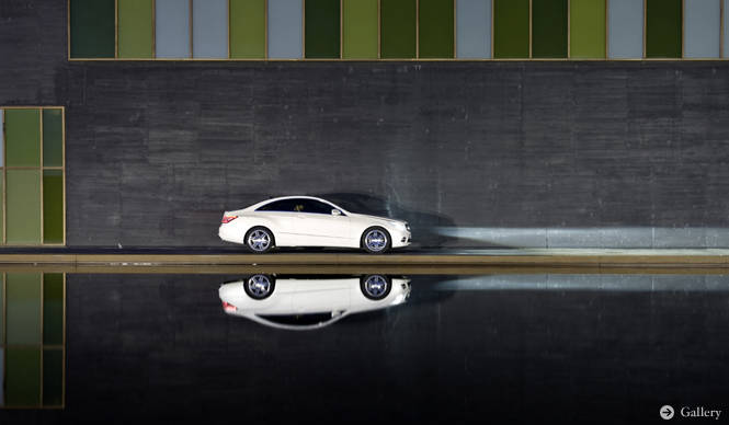 Mercedes-Benz E CLASS COUPE|往年の名車を彷彿させる流麗なクーペ