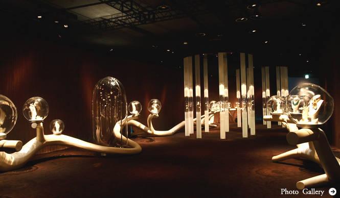 """ヴァン クリーフ&アーペル 貴重なジュエリーをもっと身近に、""""遊ぶ""""ことのできる展覧会"""