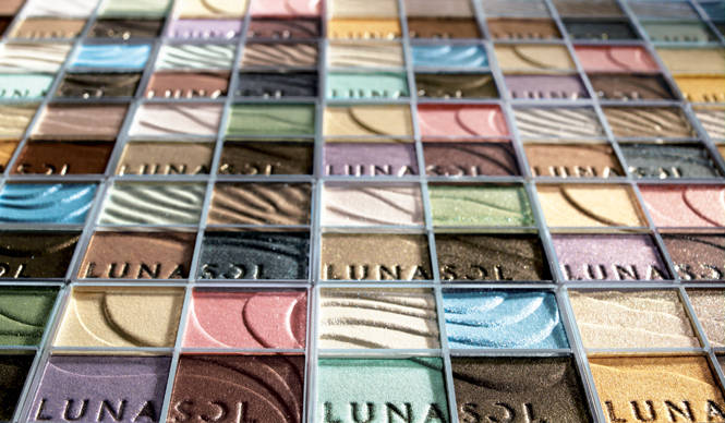 "LUNASOL|ルナソルから、透明感溢れる澄みきった発色の""絶景浄化""メイク 誕生"
