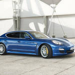 Porsche Panamera S Hybrid|ポルシェ パナメーラ S ハイブリッド 予約受付開始!