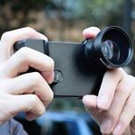 Turtleback 撮影自由自在なカメラ型 iPhone 4専用ケース