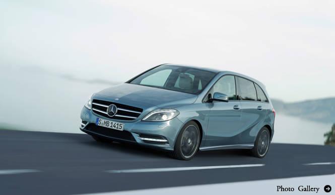 Mercedes-Benz B-Class 2012年モデル登場