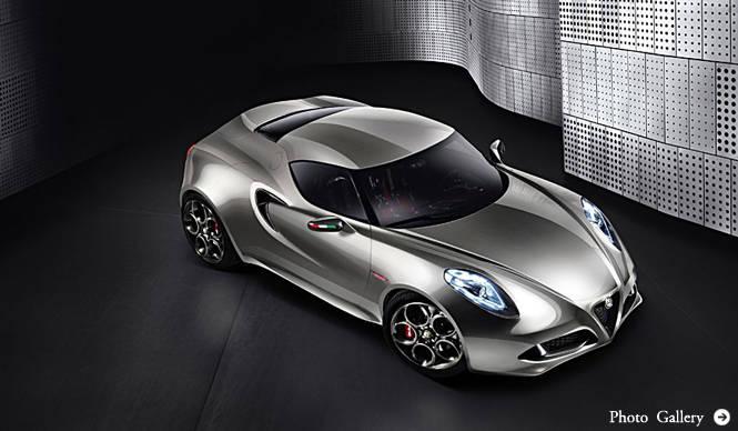 Alfa Romeo|シルバーカラーを纏ったアルファ製ミドシップスポーツ Alfa Romeo