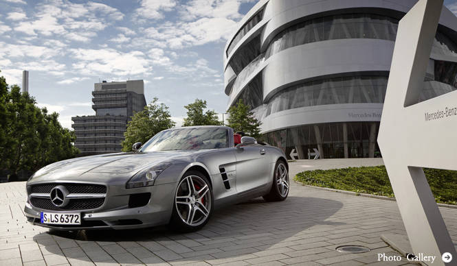 Mercedes-Benz SLS AMG Roadster 日本ではやくも販売開始!
