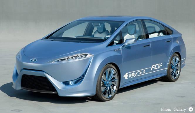 トヨタから2015年の発売を示唆する燃料電池自動車「FCV-R」が登場! TOYOTA