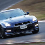 NISSAN GT-R 2012 Model Review