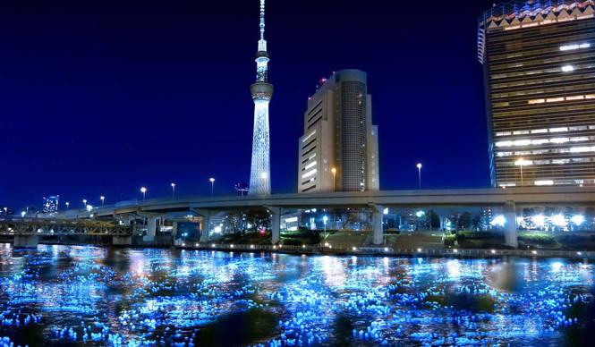"EVENT|10万個の""ホタル""が夜の隅田川に舞う!"
