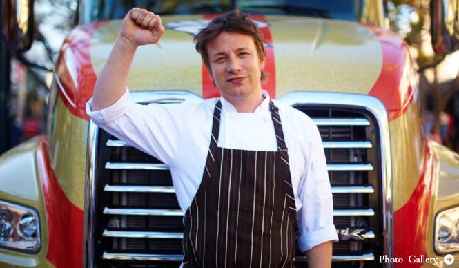 """EVENT イギリス人シェフ、ジェイミー・オリバーが挑む""""食革命"""""""