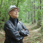 more trees × LOUIS VUITTON 坂本龍一氏と、「ルイ・ヴィトンの森」視察ツアーへ