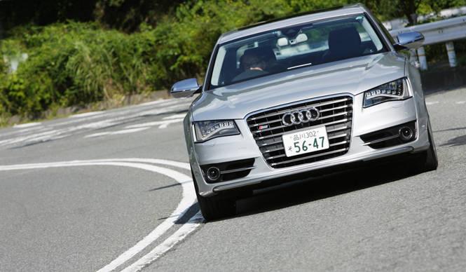アウディSモデルに試乗 Audi