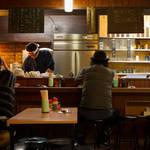 角田陽太|東京の酒場を案内する新連載「東京浪漫酒場」第一回 三軒茶屋「久仁」
