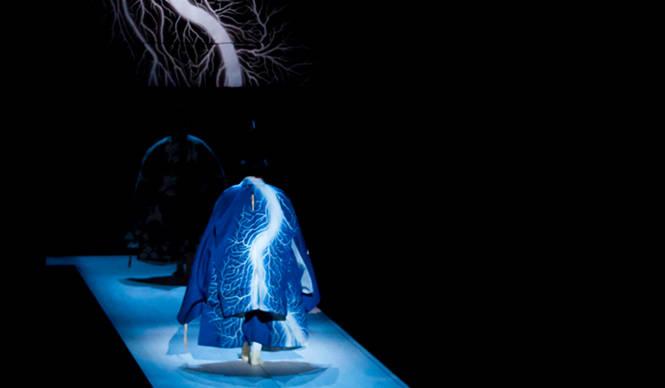 THEATER|日本最古の祝祷に現代芸術家と狂言師が挑む『神秘域 その弐』