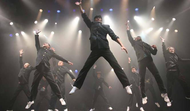THEATER|ダンスカンパニー「コンドルズ」による新作舞台『アポロ』