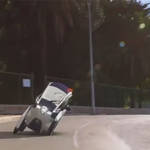トヨタ、3輪EVと86オープンを公開|Toyota