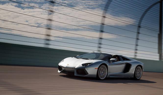 アヴェンタドール ロードスターに試乗|Lamborghini